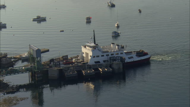 LOW AERIAL, WS, Loading ferry boat in Grindle Point, Maine, USA
