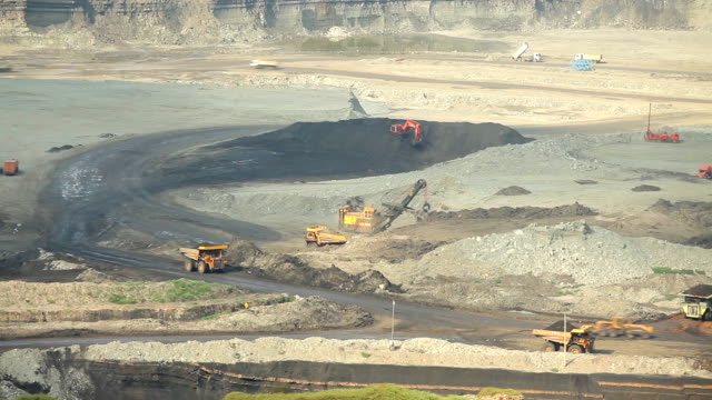 Loading of iron working machine in coal mine