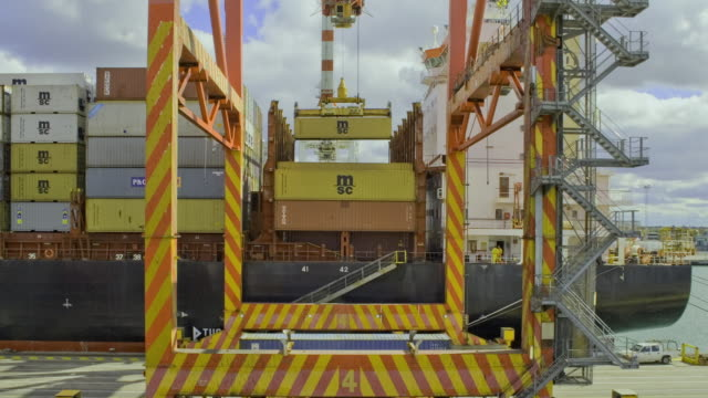 MS T/L ZI Loading shipping containers at Swanston Dock / Melbourne, Victoria, Australia