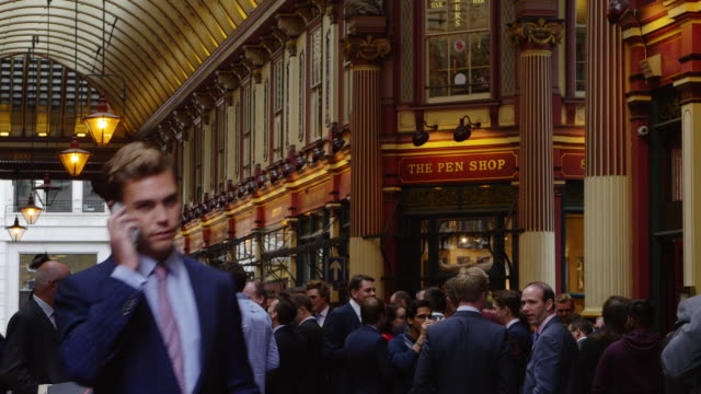 London Business People Meeting In Leadenhall Market (4K/UHD to HD)