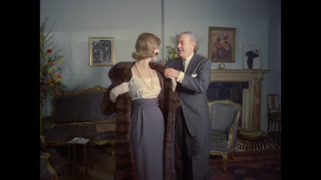 1961 - London - Fur coat sales room