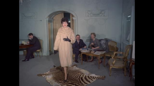 1961 - London -Fur coat sales showroom