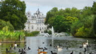 London St James's Park And Horse Guards Building (UHD)