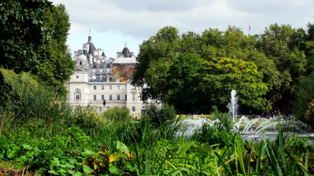 London St James's Park Lake And Horse Guards Building (UHD to HD)