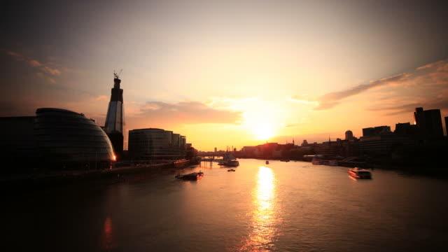 London sunset HD timelapse. River Thames from Tower Bridge