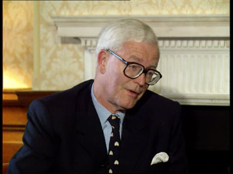 BosniaSarajevo bombardment ITN ENGLAND London Foreign Office CMS Douglas Hurd MP intvwd SOF We think a military response in SIraq seems appropriate...