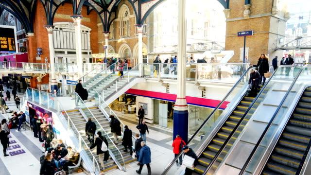 """Stazione della metropolitana di Londra in treno """"ora di-time-lapse, Inghilterra, Regno Unito"""
