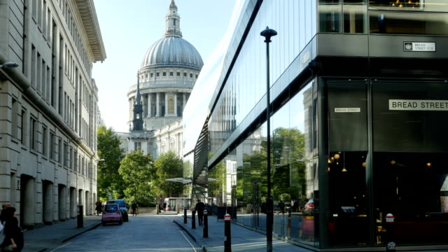 London Watling Street And St. Paul's Cathedral