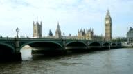 London Westminster Bridge And Big Ben (4K/UHD to HD)