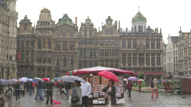 Long shot across the Grand Place public square, Brussels.