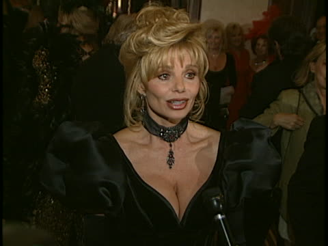 Loni Anderson at the Thalians Ball at Century Plaza Hotel