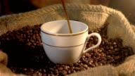 Endlos wiederholbar cinemagraph Video von auf ein eine Tasse Kaffee