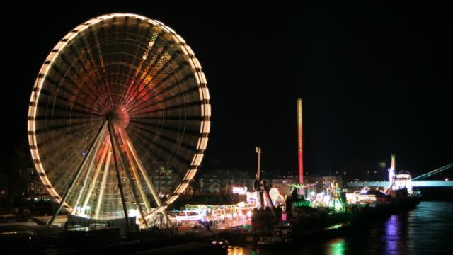 Loopable Ferris Wheel