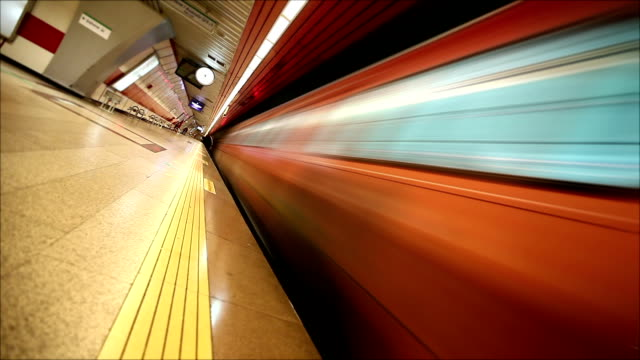 Loopable Subway in motion HD