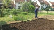 HD: Loosening The Soil