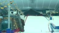 Los chinos practican el esqui en pleno verano gracias a las salas de deportes de invierno bajo techo que muchos aprovechan para prepararse hacia los...