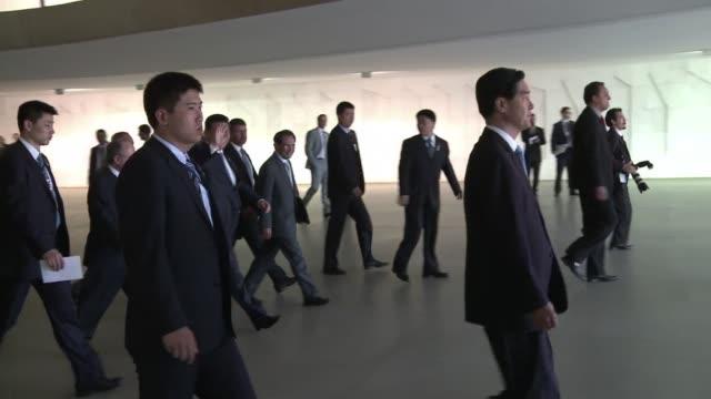 Los lideres del grupo BRICS y los presidentes sudamericanos debatieron el miercoles sobre el nuevo banco de desarrollo en una inedita cumbre en...