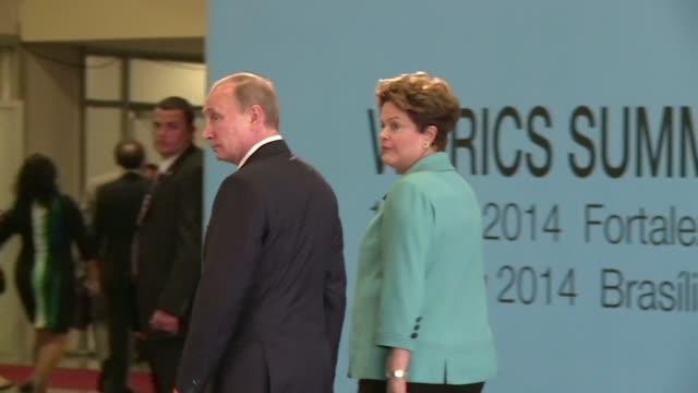 Los lIderes emergentes del BRICS iniciaron el martes en Fortaleza su sexta cumbre con el objetivo de crear una nueva arquitectura financiera que...