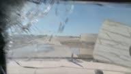 Los rebeldes talibanes llevaban a cabo una ofensiva en la meridional provincia afgana de Helmand escenario de intensos combates y que esta a punto de...