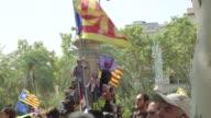 Los separatistas catalanes volvieron a las calles el jueves para defender el referendum de autodeterminacion previsto para el 1 de octubre tras las...