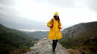 Schönen regnerischen Tag am Berg