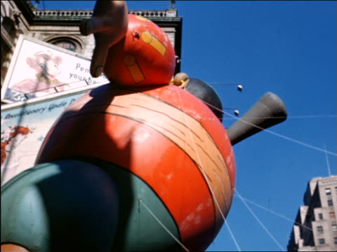 VIEW low angle large pirate balloon in Macy's Thanksgiving Day Parade / newsreel