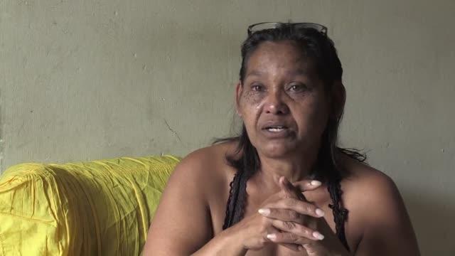 Luber una mujer de 56 anos con cancer y sin medicamentos encarna los males que aquejan a los venezolanos y que podrían agravarse con un default del...