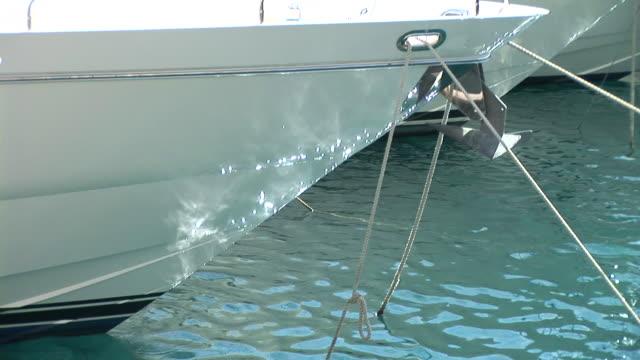 HD: Luxury boat
