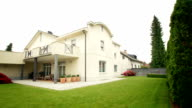 HD: Luxury House With Beautiful Backyard