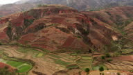 Madagascar : Mountain and fields