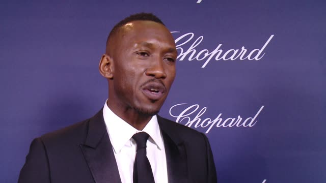 INTERVIEW Mahershala Ali on being honored tonight with a Breakthrough Performance Award On 'Moonlight' being a breakthrough film On what it means to...