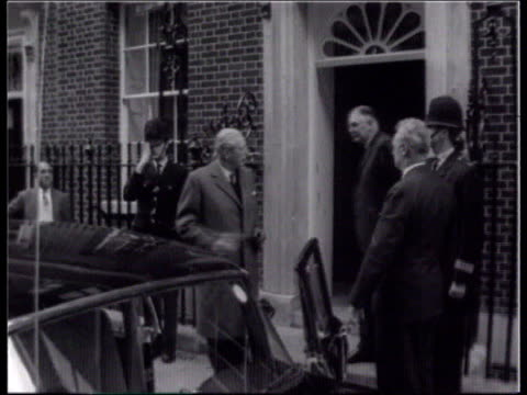 Major and the press EXT Downing St LMS Then PM Harold MacMillan MP from No 10 as waving and into car