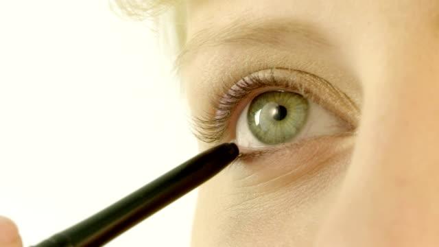 Make-up-Mädchen