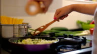 Making healthy vegetarian meal at home
