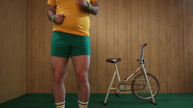 MS Man exercising, mid section, Atlanta, Georgia, USA
