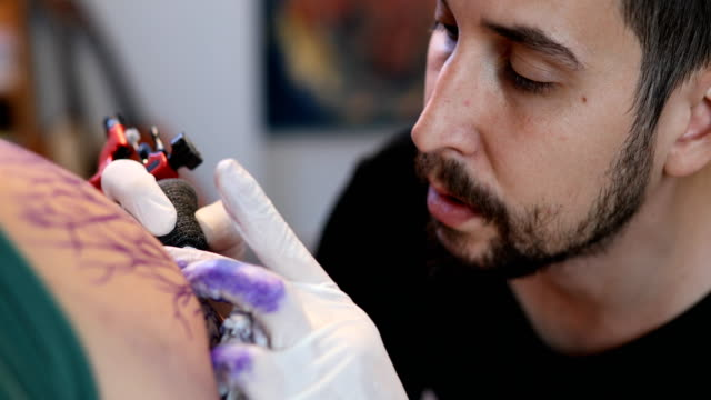 Man loves tattoo's 4k