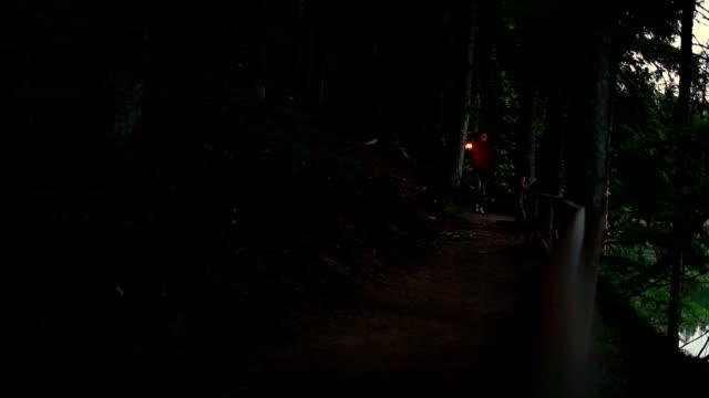 Uomo con Lanterna