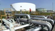 MS Man working at oil refinery holborn / Hamburg, Germany