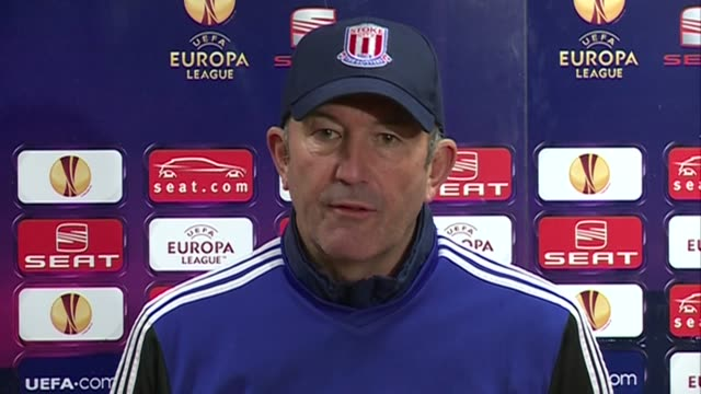 Manager Tony Pulis and defender Matthew Upson Both pay tribute to Wales manager Gary Speed following his death on Sunday and discuss news ten players...