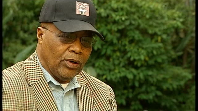 Mandela family clash over future burial plans Location unknown Xhosa Chief Mlawu Tyateka interview SOT