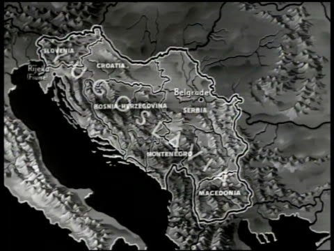 MAP Map of Yugoslavia six selfgoverned republics 'Slovenia Croatia Bosnia Serbia Montenegro Macedonia'