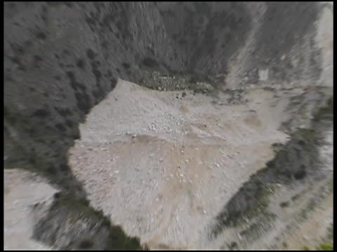 Quarry in Carrara-Marmor, Italien: Ziehen, Weitwinkelaufnahme