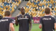 Mario Balotellis chequered career at Manchester City was set to come to an end on Tuesday when the English champions agreed to sell the temperamental...
