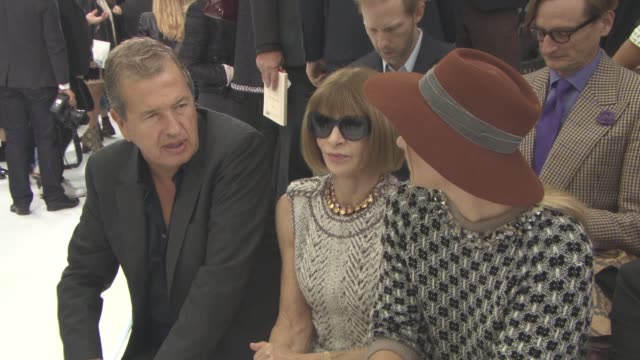 Mario Testino Anna Wintour Maria Sharapova at Chanel SS16 on October 5 2015 in Paris France