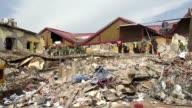 Mas de 60 personas murieron y cientos de heridos en Mexico a causa del sismo de 82 que sacudio el jueves al pais segun informaron las autoridades el...