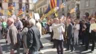 Mas de 700 de los 948 alcaldes de Cataluna se comprometieron el sabado a prestar locales para el referendum de autodeterminacion convocado por el...