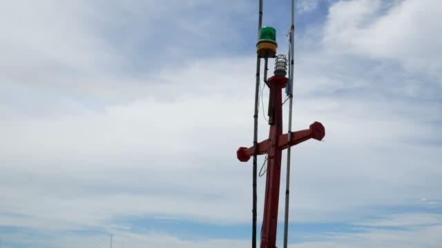 mast with sky background