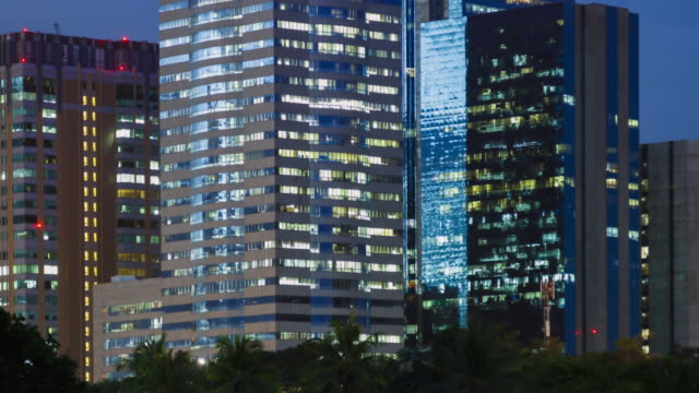 Matching Day & Night : 4K TIME LAPSE (4096x2160) : The building office and cityscape at Bangkok, Thailand