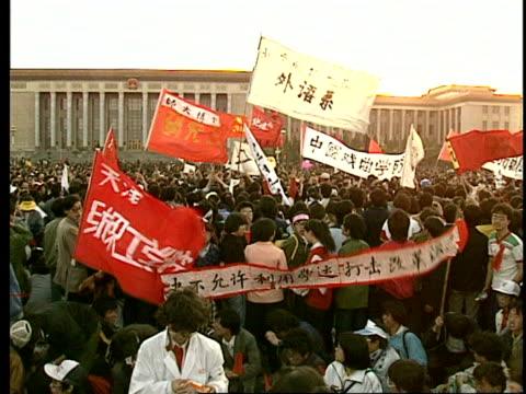May 14 1989 CU ZO Protestors in Tiananmen Square/ ZI CU Protestors giving peace sign/ Beijing China/ AUDIO