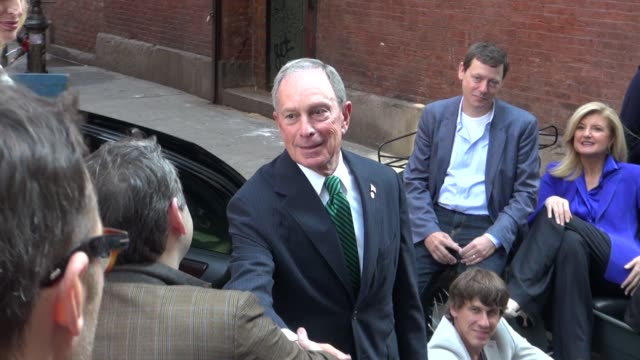 Mayor Bloomberg and Arianna Huffington on the photo shoot set of photographer Annie Leibovitz in New York 07/30/12